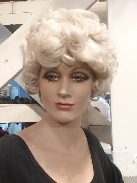 Whit wig